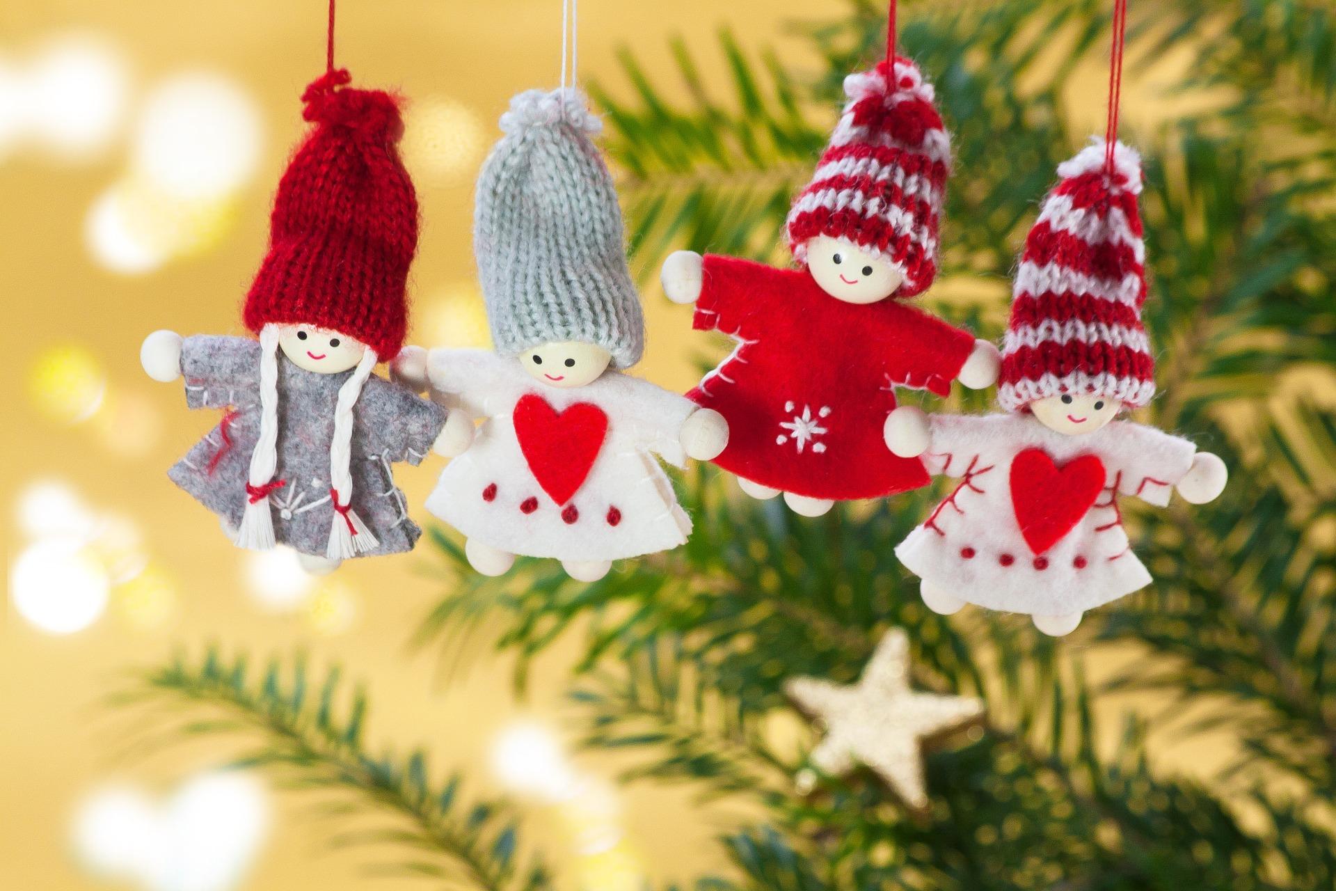 Sretan Božić i Novu godinu žele Vam djelatnici Programske kuće!